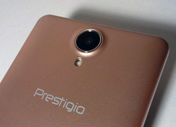 Основная камера в Prestigio Wize PX3